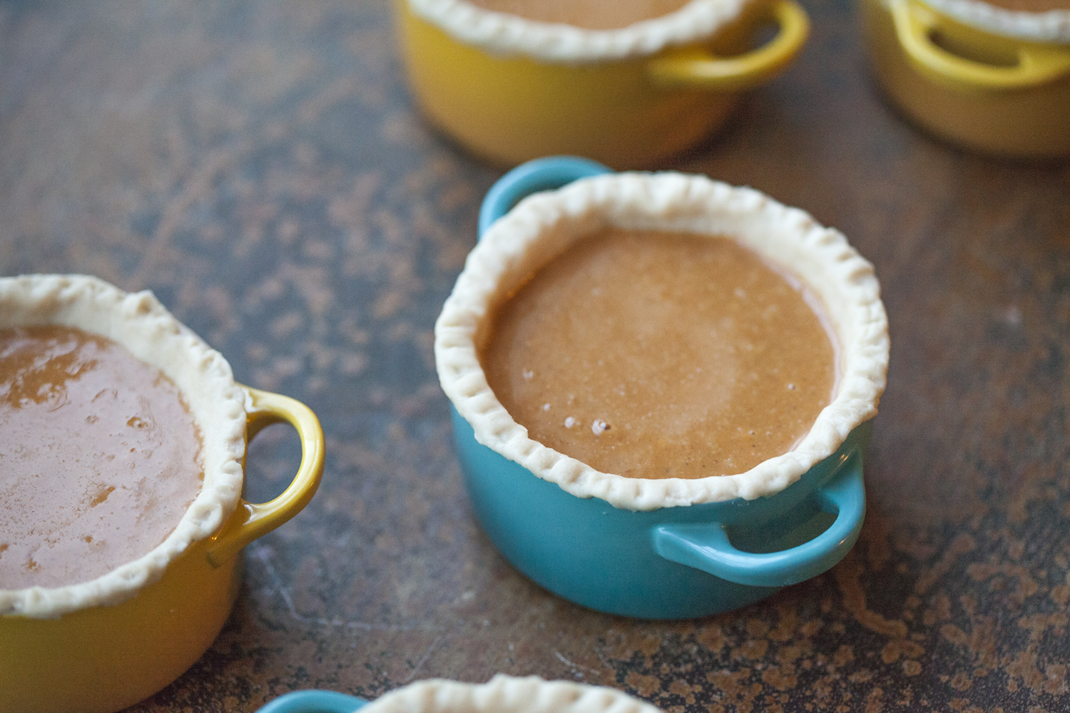 ve entered the Mini Pumpkin Pies in a linky over at TidyMom.net ...